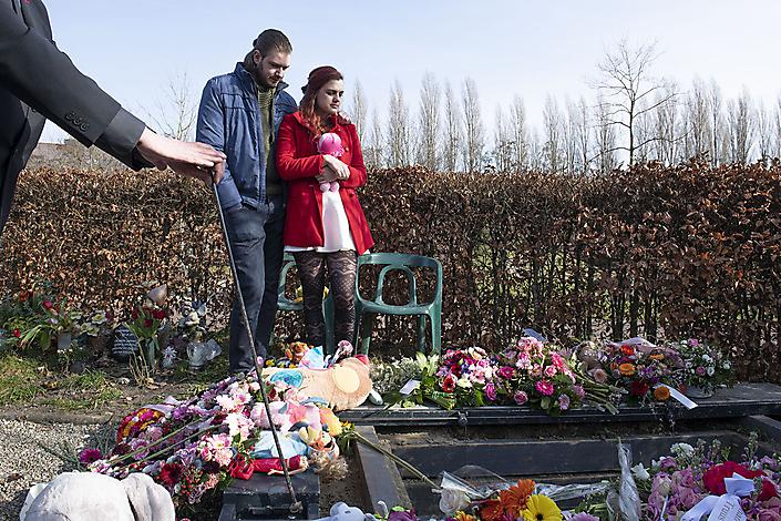 Begrafenis Emma 2 jaar