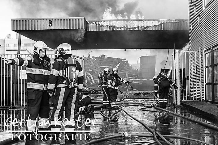 Uitslaande brand bedrijfspand