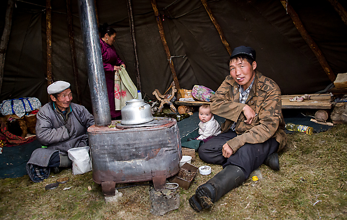 Reisfotografie: de Tsaatan in Mongolië in hun traditionele ger