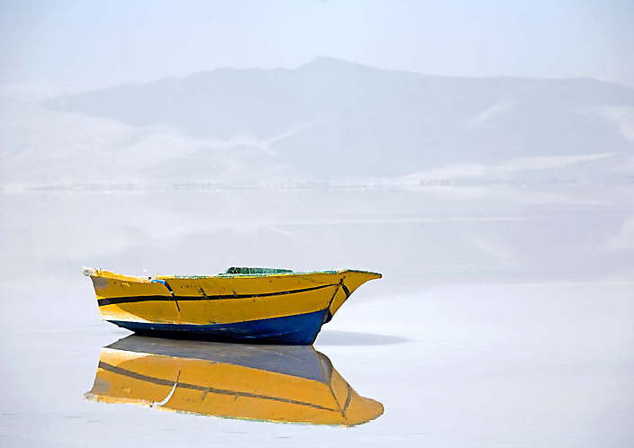 208020122 boat on the salt lake CU