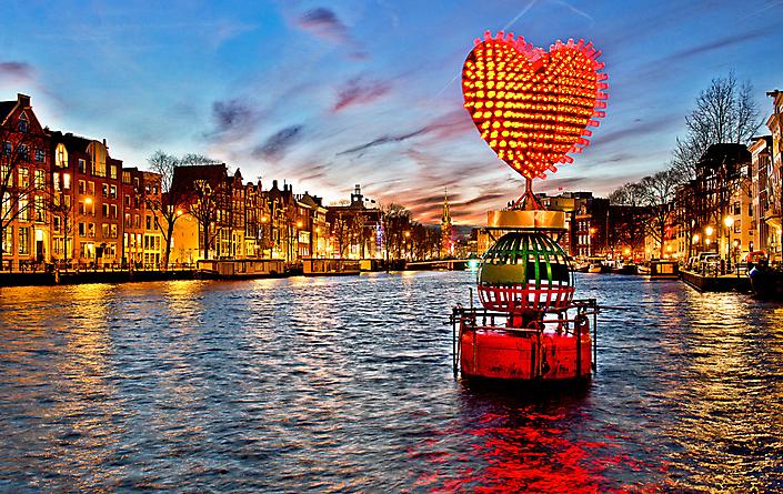 AMSTERDAM - LIGHT FESTIVAL AMSTEL