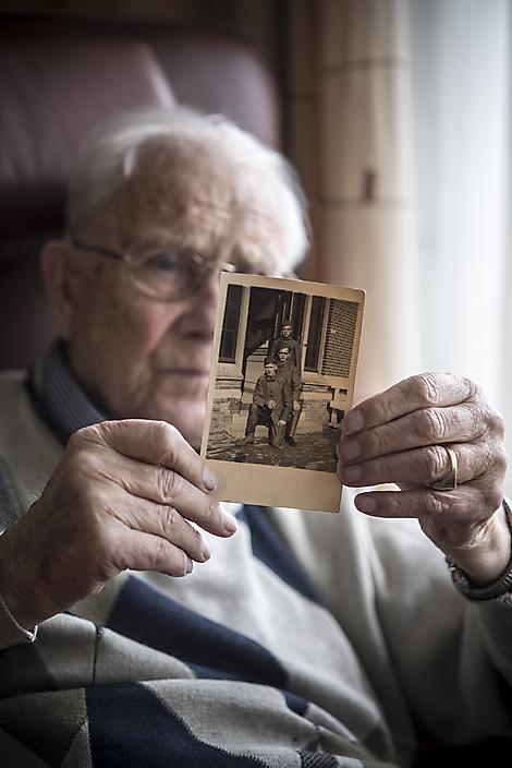 Meneer Dikboom vertelt dat hij in de oorlog geen held was.