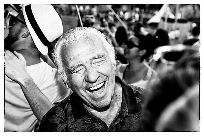 House Opa Johan (84 jaar oud) op Tomorrowland