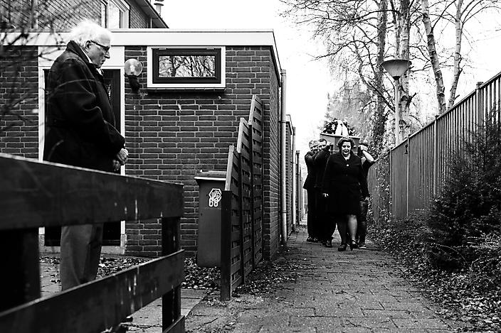 'dag lieve buurman' Afscheidsfotografie Gaby Ermstrang Woudrichem