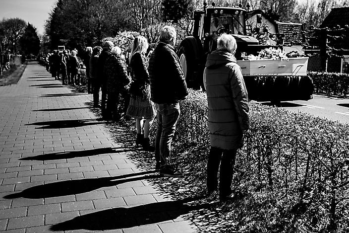'de corona uitvaart' Afscheidsfotografie Gaby Ermstrang Woudrichem 6