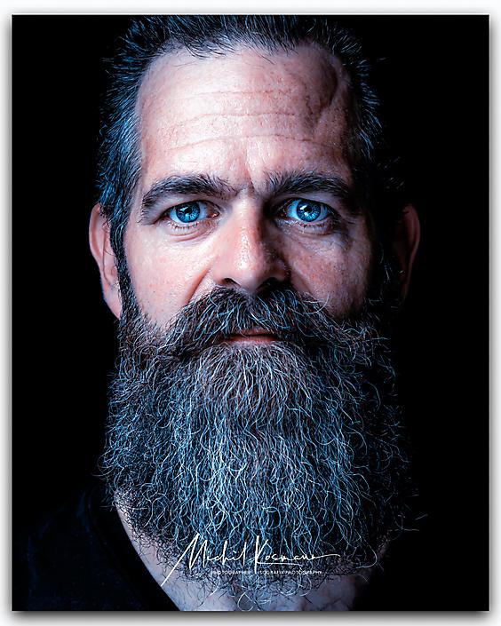Color-Beard-man-15
