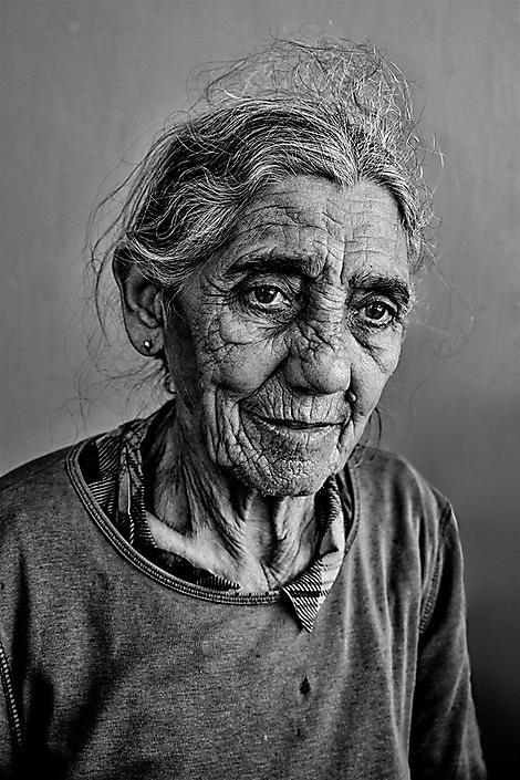 cuba-oldlady