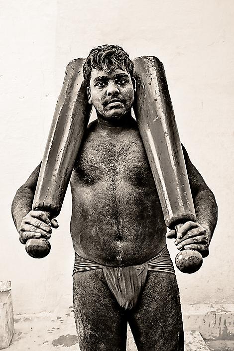 india-kushtiwrestler2
