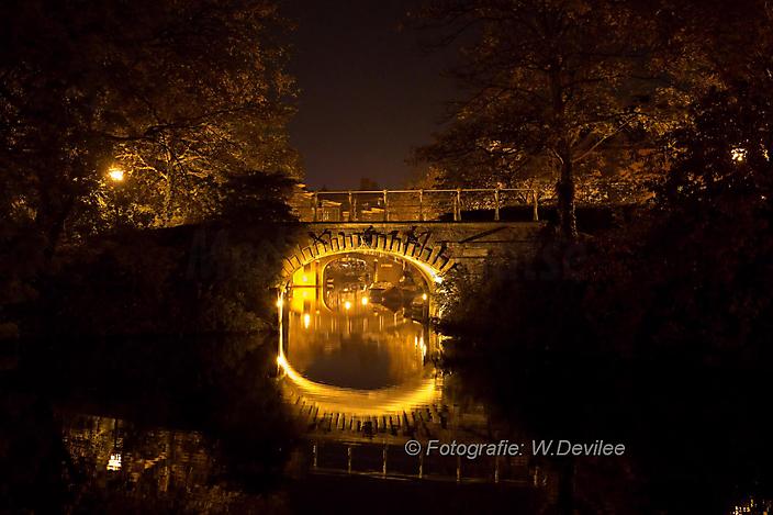 Mediaterplaatse_nacht_licht_foto_te_koop_Leiden_04122016_Image00001
