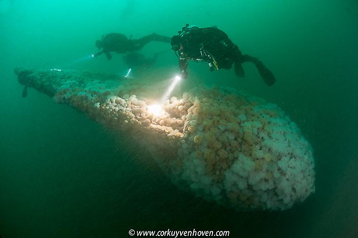 Russische onderzeeer_noordzee_Cor Kuyvenhoven