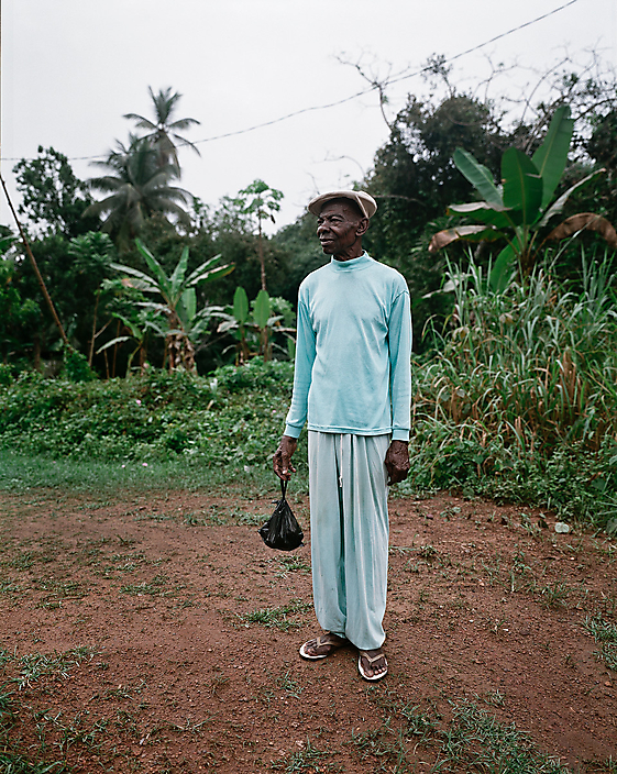 Reinout van den Bergh Eboundja, longterm photo project