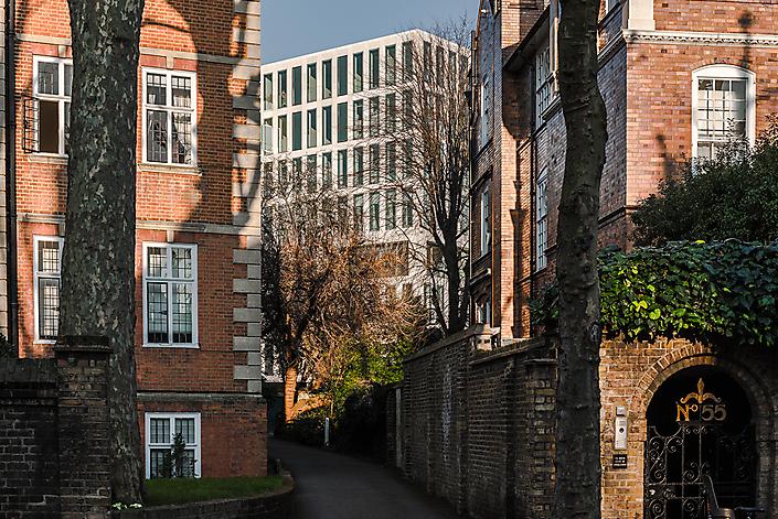 Sebastian van Damme_OMA_Commonwealth London-104 lt