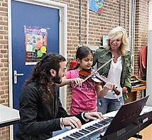Unicef Claudia De Breij De Oudejaars AZC Katwijk  (Small)