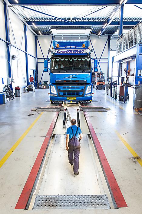 Branding foto bij Van Doesburg Transport