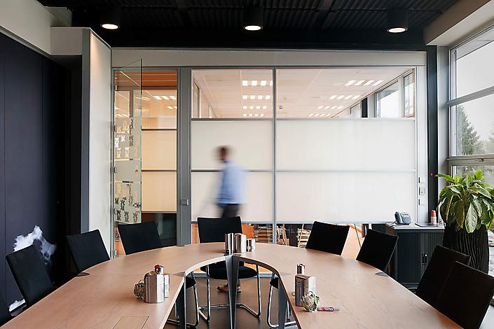 Interieurbeeld voor Wipro, leverancier van scheiding- en systeemwanden