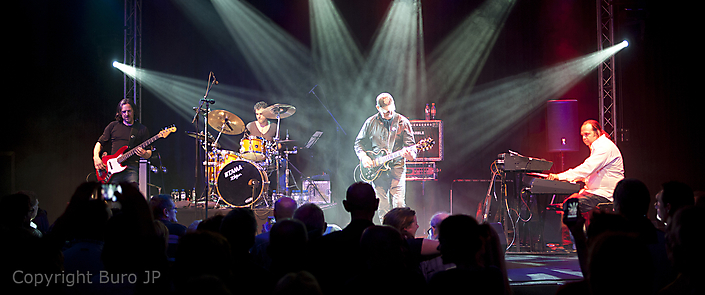 Jan Akkerman Concertfoto de Boerderij te Zoetermeer